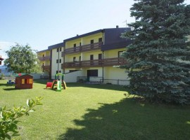 "Apartment Andalo ""Residence Groll"""